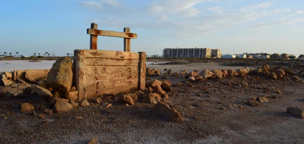 Amayt denuncia vinculaciones de Amat con el desarrollo urbanístico de Las Salinas