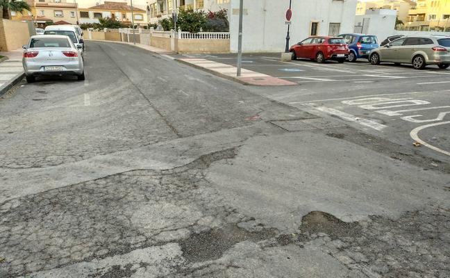 IU propone un plan anual de asfaltado para mejorar el estado de las calles