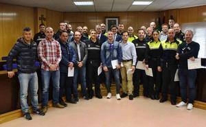 Casi medio centenar de policías locales se forman en detección de drogas