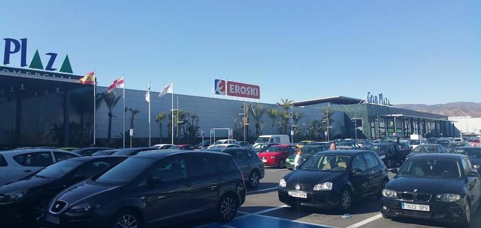 Eroski inicia este jueves la liquidación de 35.000 productos de su hipermercado de Gran Plaza