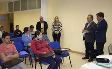 Arrancan los primeros cursos de formación para jóvenes del programa Emplea Roquetas