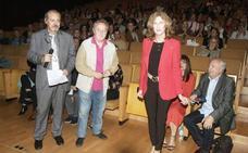 Manuel Galiana ya tiene su butaca de honor en el Teatro Auditorio de Roquetas