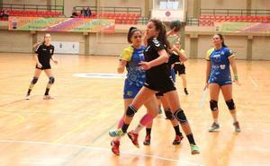 Cinco jugadoras roqueteras convocadas por la selección de Andalucía de balonmano