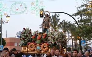 San Isidro procesionó por las calles de El Parador, poniendo fin a sus fiestas patronales