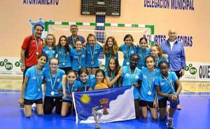 Las alevines del Club Balonmano Roquetas se proclaman subcampeonas de Andalucía