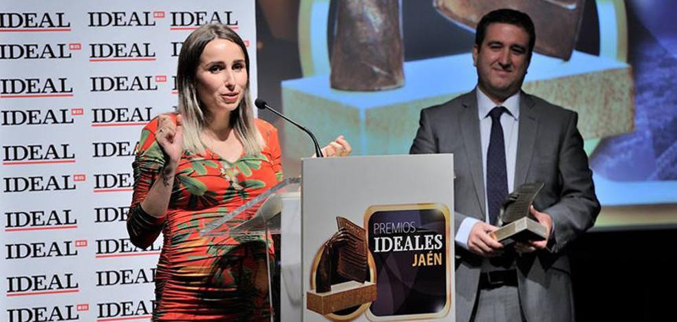 Zahara recibió el Premio IDEAL de Cultura