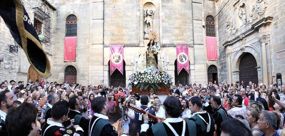La Virgen del Carmen recorrió el casco histórico en su festividad