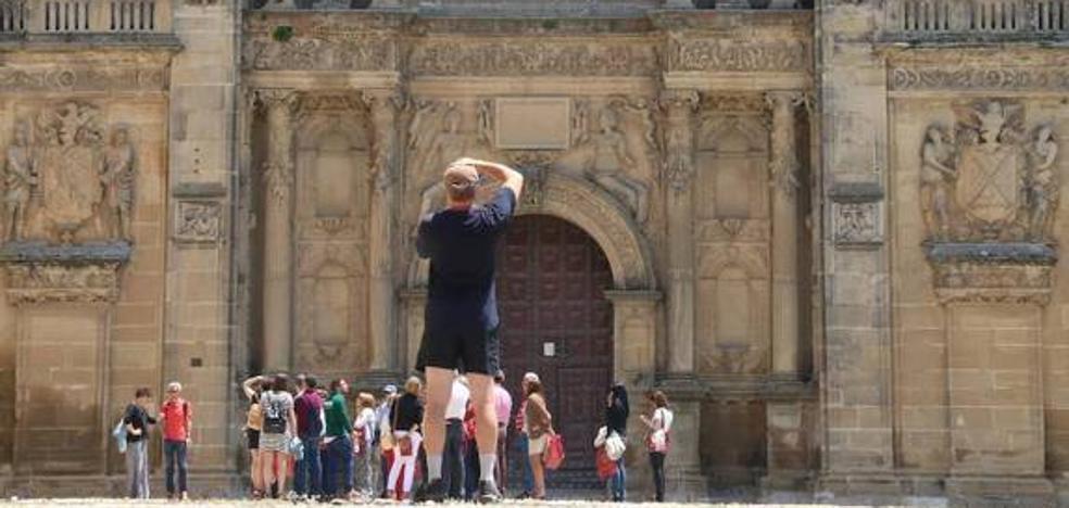 Más de 600 personas se descargan la tarjeta gratuita para disfrutar de la campaña 'Ubeda y Baeza 10' de Jaén
