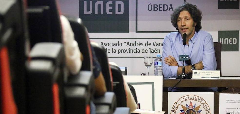 «Nadie ha llegado tan lejos en el uso del lenguaje como Joaquín Sabina»