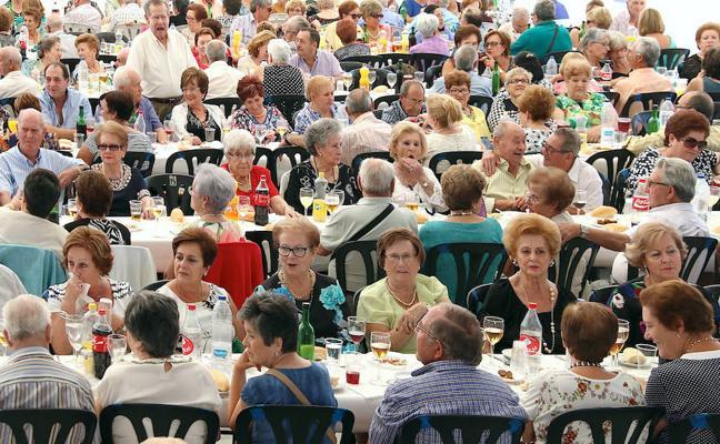 Dos encuentros para que los mayores disfruten de la feria
