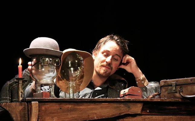 'Le Fumiste', teatro de objetos y magia en una función sublime