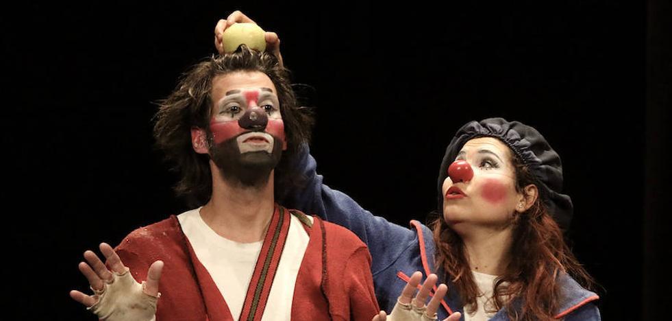 Payasos de estilo clásico en la recta final del Festival de Clown y Circo de Úbeda