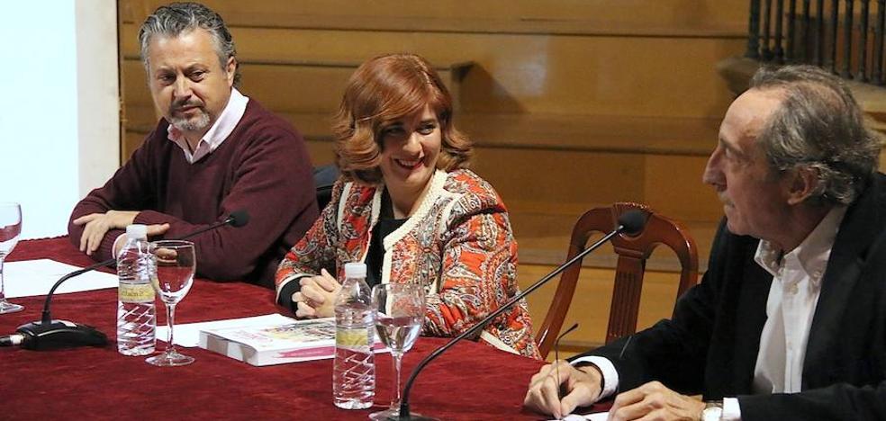 Juan Antonio Soria recopila en un libro la 'Historia del Carnaval en Úbeda'