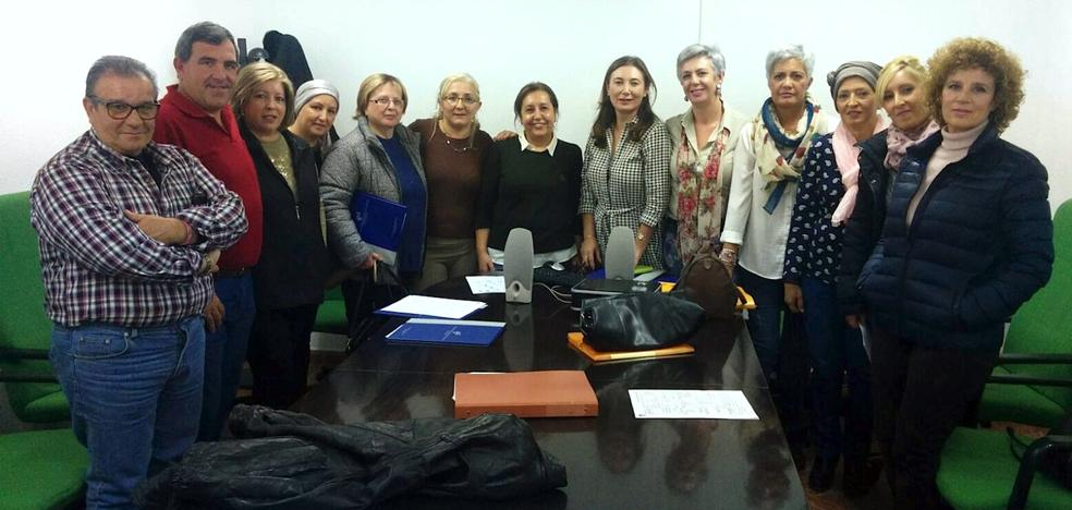 Escuela de pacientes en el hospital de Úbeda para ayudar a personas con cáncer de mama