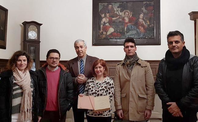 Cesión al Ayuntamiento de una primera edición de la 'Historia de Úbeda' de Miguel Ruiz Prieto