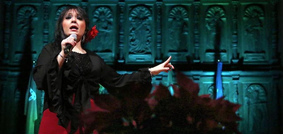Ana María de Dios hizo un recorrido por el repertorio de Isabel Pantoja