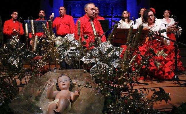 Diferentes coros participaron en el certamen de villancicos flamencos