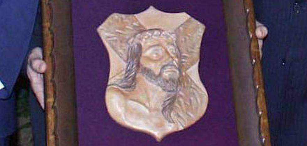 La Caída reconoce con su premio anual a las diecinueve cofradías ubetenses