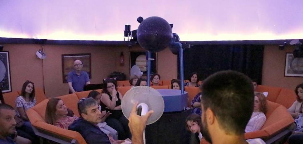 Plaza Vieja premia a Quarks y da un toque de atención a la Sinagoga del Agua