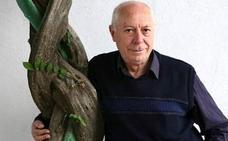 Antonio Carvajal, Premio Nacional de Poesía 2012, presentará en Úbeda su libro 'El fuego en mi poder'