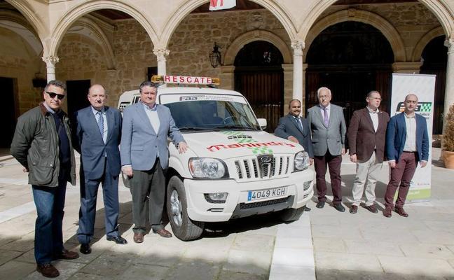 Dos vehículos de rescate para la Federación Andaluza de Automovilismo