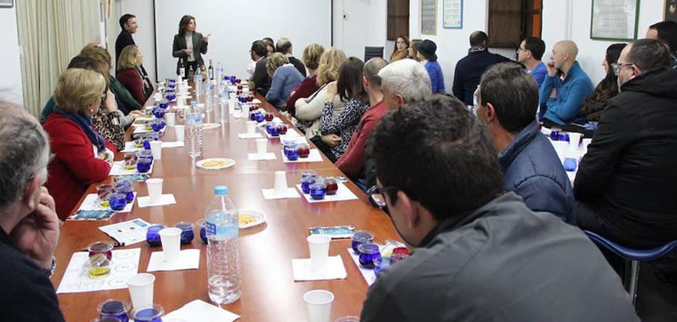 Amplia participación en la segunda cata de aceite de las Jornadas Gastronómicas en el Renacimiento