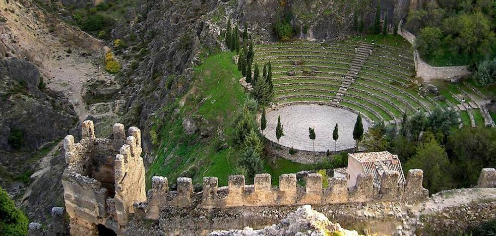 El Ayuntamiento anuncia un viaje cultural para mayores a Cazorla y La Iruela