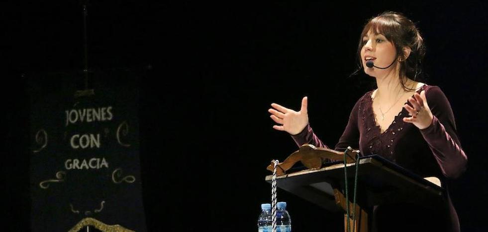May Muñoz de Dios pronunció el Pregón de la Juventud Cofrade