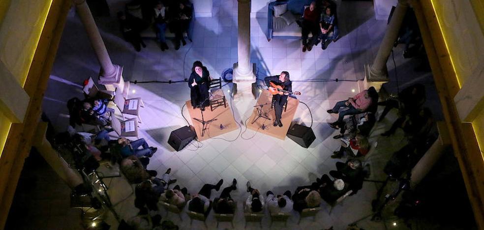 La cantaora sevillana Alicia Gil pasó por el Festival Flamencos y Mestizos de Úbeda