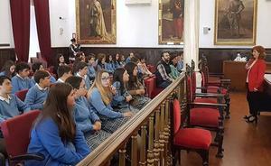 Recepción a los alumnos de La Milagrosa ganadores del Certamen Aula de Patrimonio