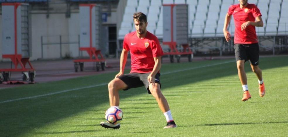 El Almería traspasa a Josema al Córdoba