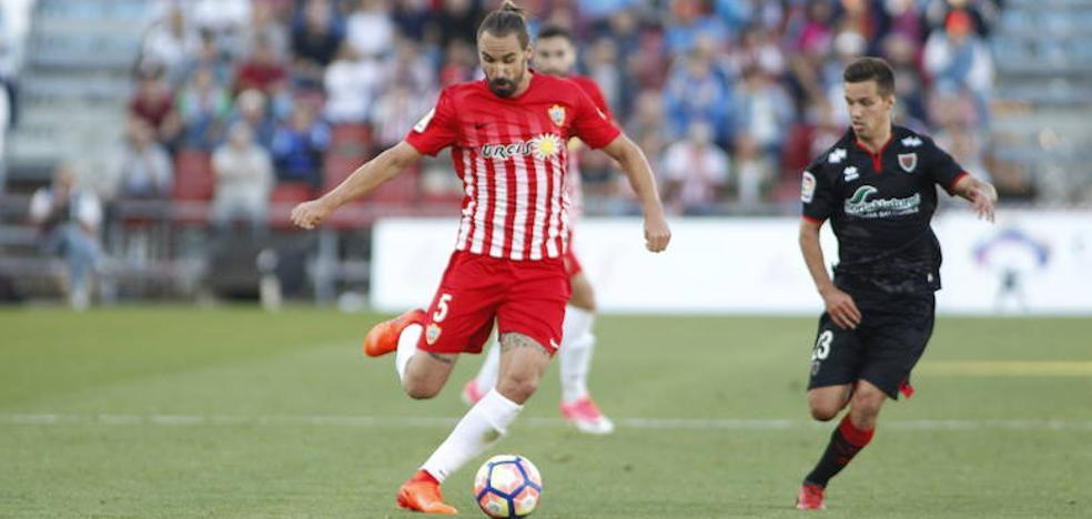 Borja Fernández dice no al Almería