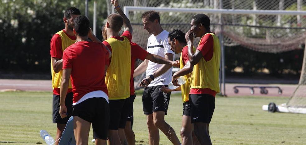 El Almería trabaja para quitarle la alegría a Osasuna en El Sadar