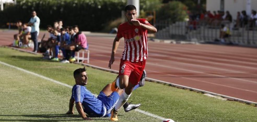 El Almería B aleja euforias y con los 'pies en el suelo' recibe al Villacarrillo