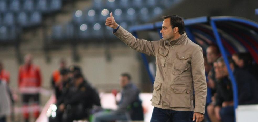 La prensa coincide en que el Almería 'supo como ganarle' al Real Zaragoza