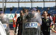 ¿Sabes que tienen en común UD Almería y Tenerife con los árbitros?
