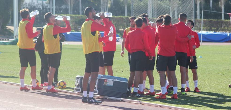 La UD Almería recupera efectivos para la cita en el Carlos Tartiere