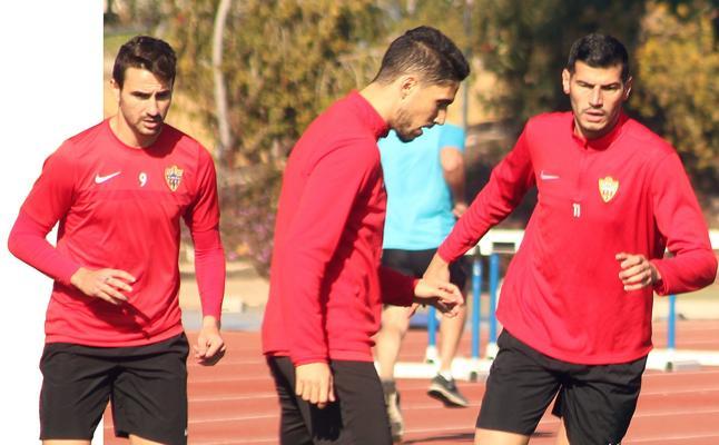 Álamo y Juan Muñoz decidirán su futuro