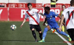 El Almería gana en Sevilla y respira