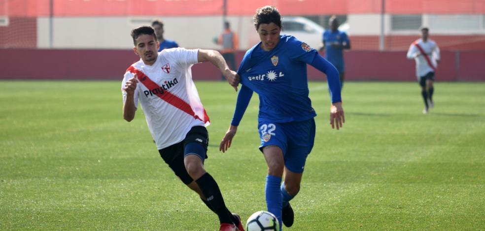 Elogios en la prensa para el Almería y Rubén Alcaraz por el 0-3 en Sevilla
