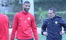 Joaquín puede estar con el Almería en el partido del domingo
