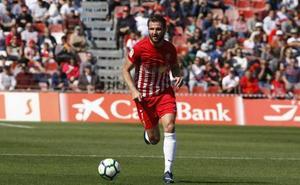 El Almería rescata un punto por casta