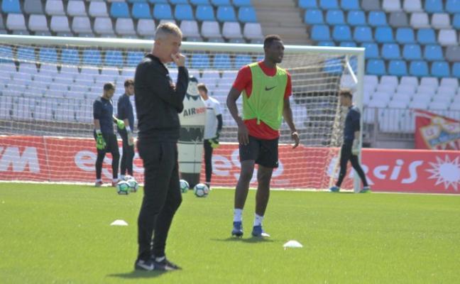 Sulayman y Owona se ejercitan con el grupo y son duda para Zaragoza