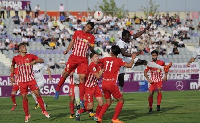 El Almería B, a dos puntos de lograr la clasificación para el playoff de ascenso a Segunda B