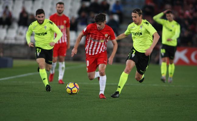 La UD Almería jugará en Córdoba sabiendo lo que hayan hecho sus rivales