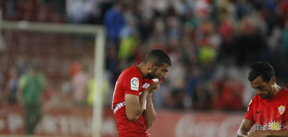 El Almería no sabe ganarle al Alcorcón