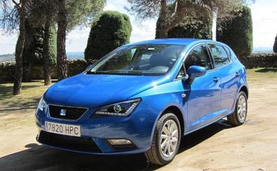 Seat Ibiza y Renault Mégane, los coches más populares en España