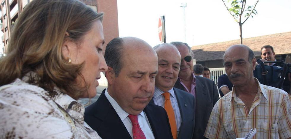 """La carta de García Royo a Isabel Nieto: """"Ten mucho cuidado, antes o después te la gastará"""""""