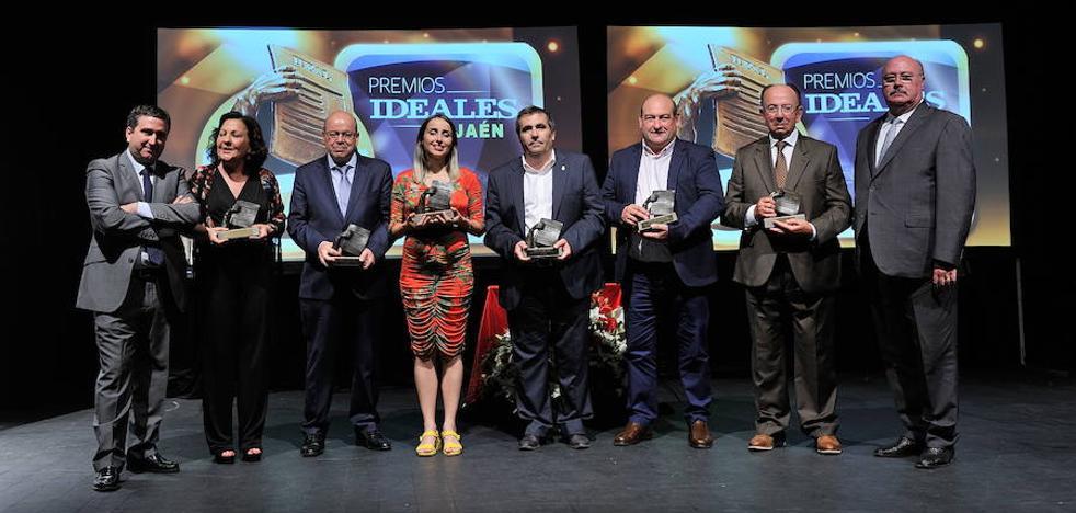 Premios IDEALES a trayectorias de éxito
