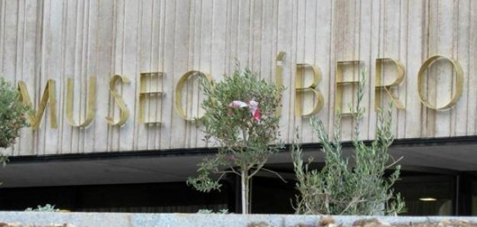 El alcalde pone fecha a la reunión del Museo Íbero y mantiene su tesis